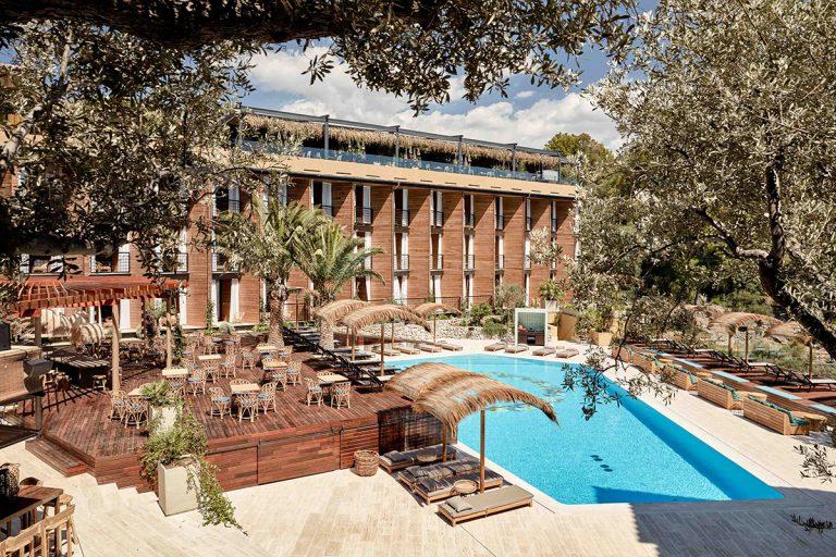 Bikini Island & Mountain Hotel ****